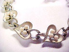 Sweet vintage linked  white hearts choker and earrings