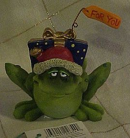 Russ Toadily Yours frog with present figurine