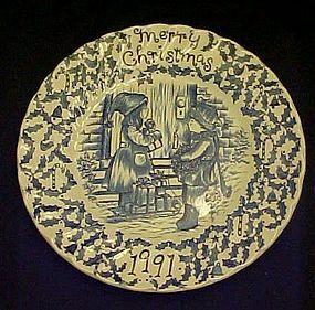 Royal Crownford Christmas 1991 Staffordshire Plate