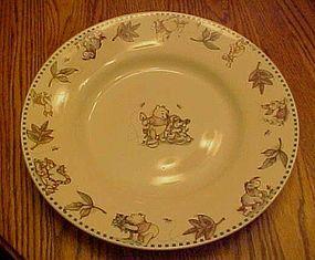 Disney Winnie the Pooh dinner plate leaves border