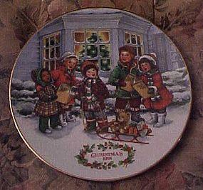 Avon Christmas1991 plate Perfect Harmony