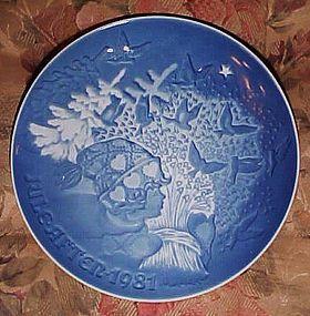 Bing Grondahl Christmas Peace 1981 plate