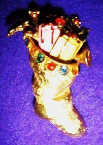 Vintage Christmas stocking holiday pin w rhinestones