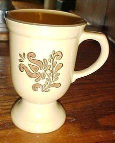 Pfaltzgraff Village footed coffee hot chocolate mug