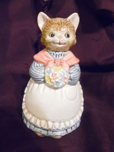 Vintage ceramic Otagiri Country Cat bell