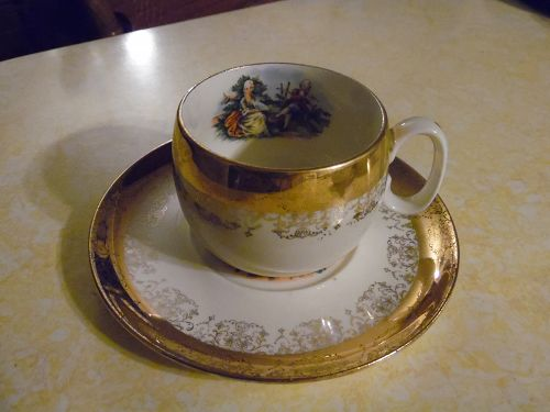 Sabin Crest O Gold cup and saucer