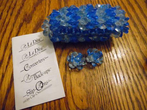 Vintage blue elastic bracelet and matching clip earings