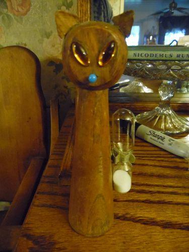 Mid Century Modern Danish wood cat egg timer