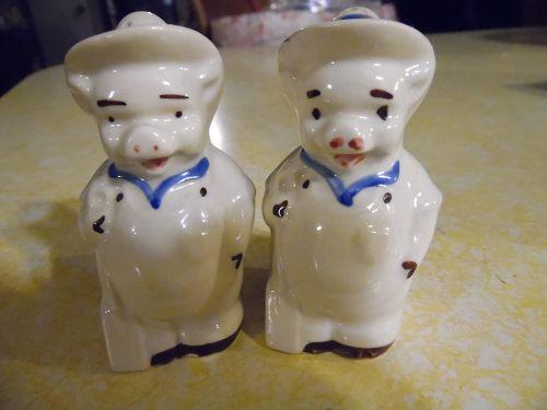 Vintage Shawnee farmer pig salt and pepper shakers