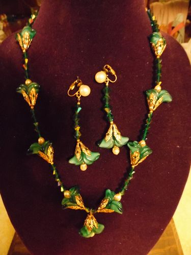 Vintage teal glass lilies and aurora borealis necklace and earrings