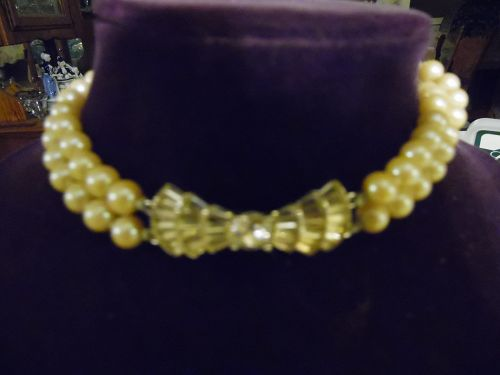 Cultured pearl choker necklace rhinestone bow center