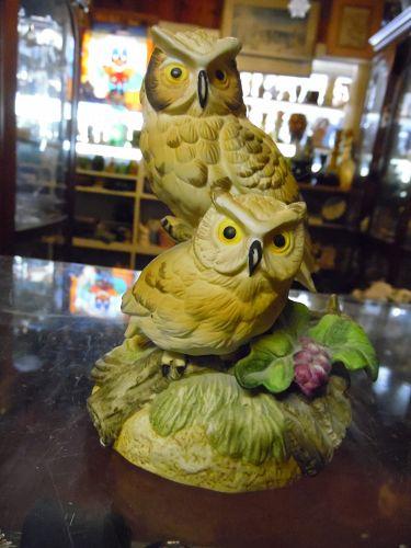 Vintage Gorham Gift World Owls Musical Figurine Music Box