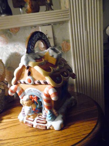 Hand Painted ceramic gingerbread house cookie jar. VERY CUTE
