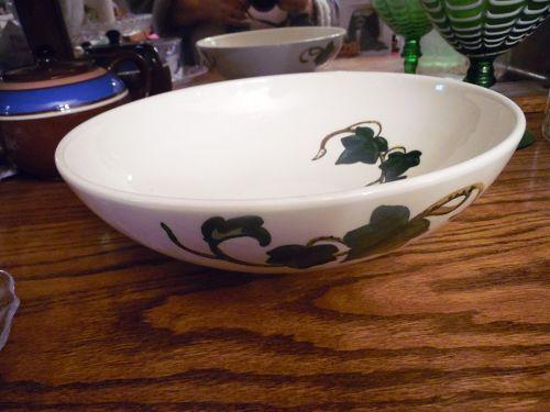 Metlox Poppytrail California Ivy large 11.25 serving bowl