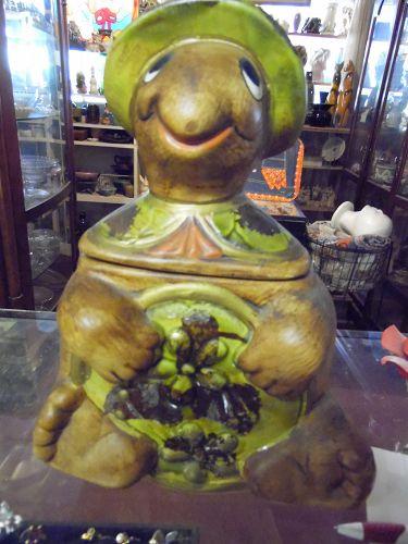 Vintage 1960's McCoy USA #2635 Turtle Cookie Jar Brown  Green