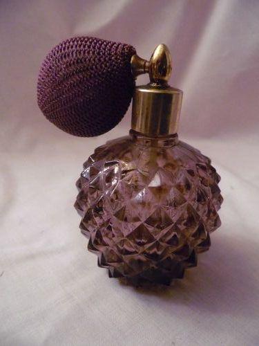 ROC purple glass perfume atomizer diamonds pattern