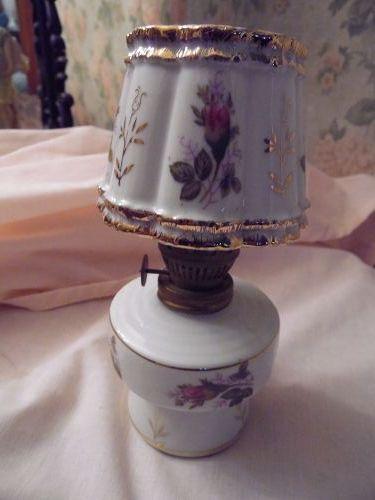 "Pretty vintage Moss Rose ceramic mini oil lamp 7"""
