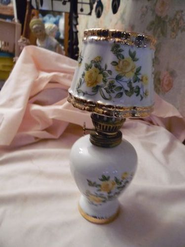 Kelvins vintage miniature ceramic oil  lamp with yellow roses