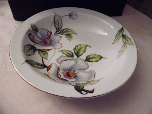 Roselyn Dogwood rimmed soup cereal bowl