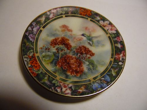 Lena Liu's Hummingbird Treasury mini plate white earred Hummingbird #6