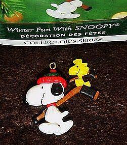 Hallmark keepsake miniature ornament, winer fun Snoopy