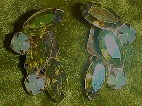 Vintage vaseline opalescent rhinestone earrings