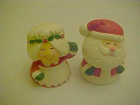 Hallmark Mr. & Mrs Santa Claus shakers waving