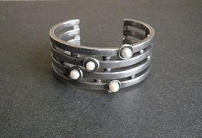 Antonio Pineda Taxco Heavy Sterling Pearl Cuff Bracelet Rare Eagle 17