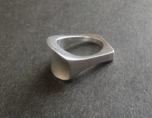 Vintage Modernist Georg Jensen Sterling Ring A112 Size 7 Torun Bulow