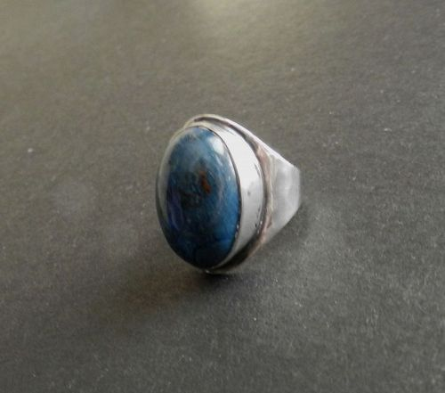 Art Silver Shop Hammered Sterling Ring Chicago Blue Stone Pinky Sz 3.5