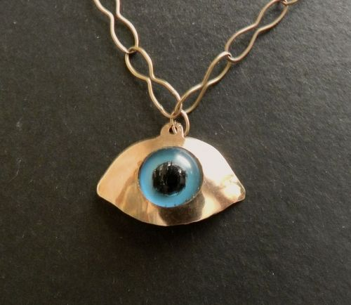 Vintage Modernist 585 14K Gold Taxidermy Eye Pendant Hand Made Signed