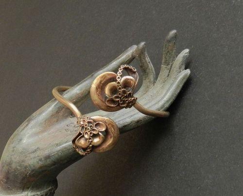 """Hannu Ikonen Bronze Finland Reindeer Moss Bracelet Vintage 8"""""""