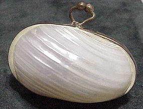 Victorian MOP shell sovereign purse /thimble holder