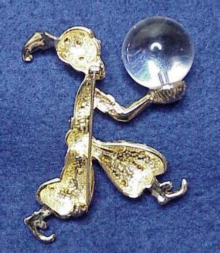 Castlecliff genie brooch