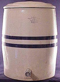 Roseville 6 gallon ice water cooler / dispenser
