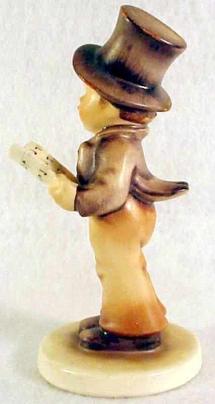"""M. I. Hummel: Street Singer #131 TMK2, 5 1/4"""""""