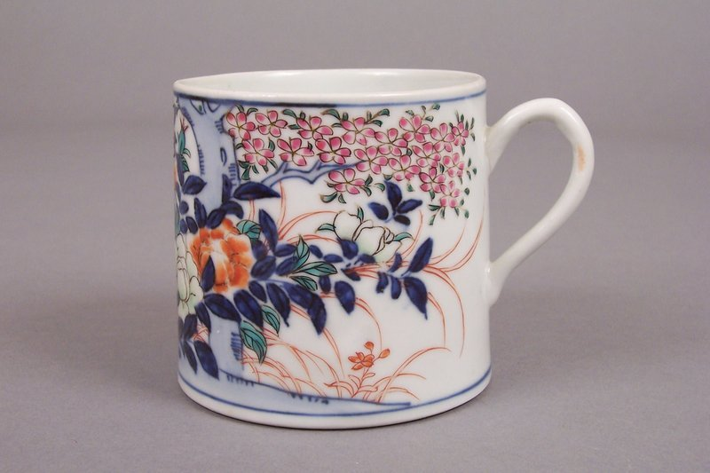 A Japanese Iro-e Decorated Studio Porcelain Coffee Mug
