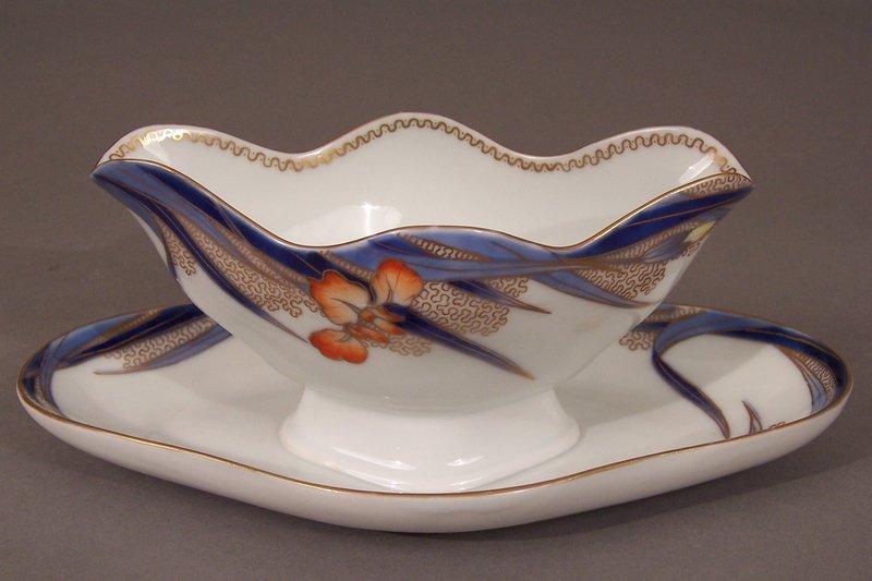 Fukagawa Iris pattern 9 inch sauce boat, underplate