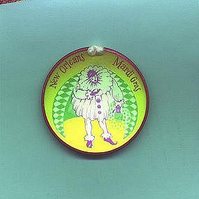 Scarce 1957 New Orleans MARDI GRAS Jester Hologram Pin Back