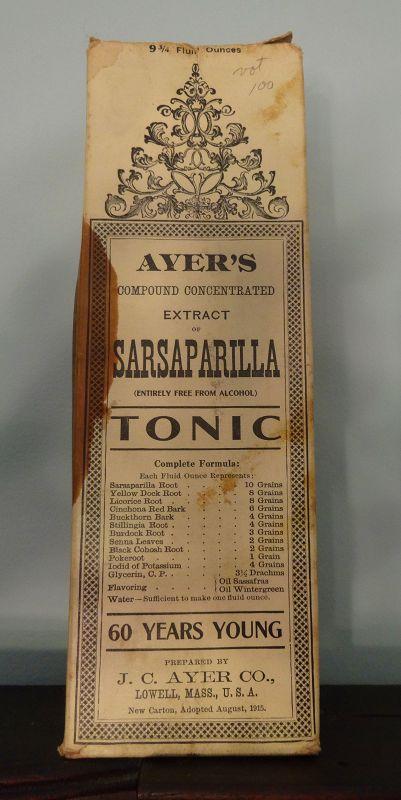 C1915  AYERS SARSAPARILLA Patent Medicine Bottle w/ Box Contents