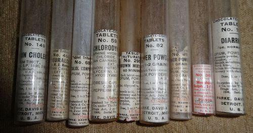 Parke Davis Doctors Medicine Case w/ Cannabis Opium Morphine Bottles