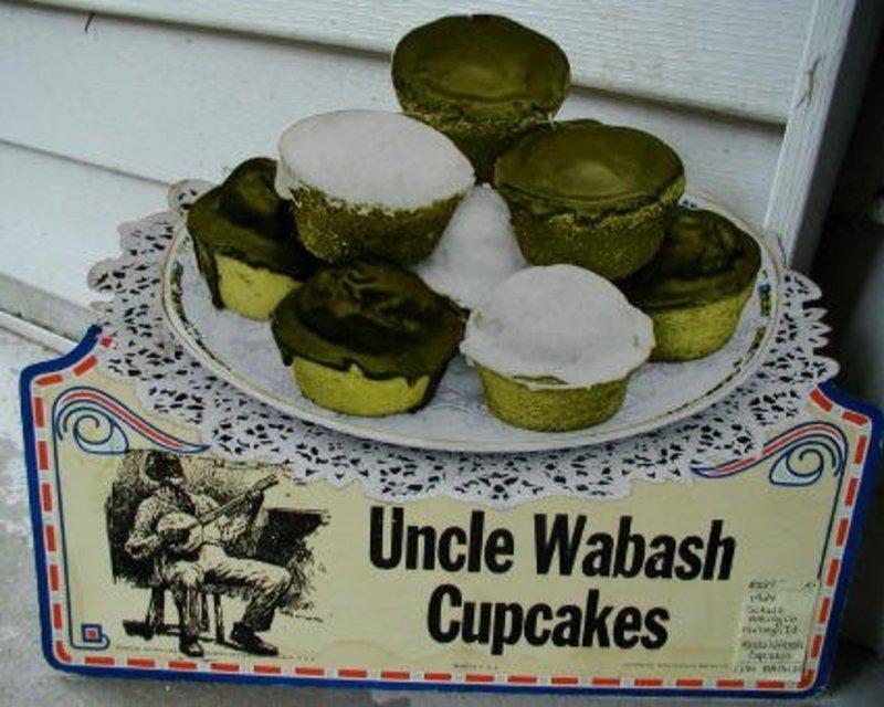 1924 Very Rare Advertising Diecut Black Man Uncle Wabash Cupcakes
