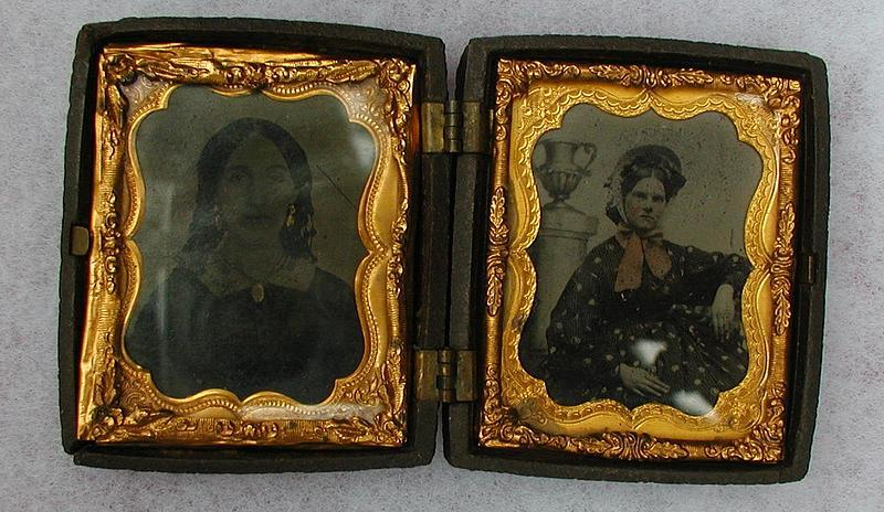 19thC Two Tin Type Photos of Women in Lovely Double Gutta-Percha Case