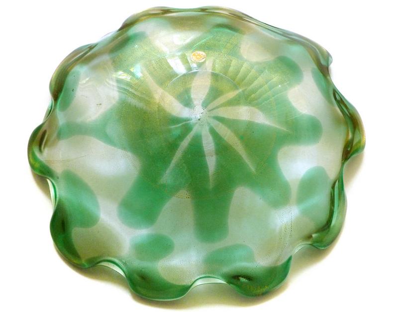 Murano SEGUSO Flower Design GOLD FLECKS Center Bowl