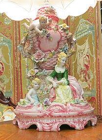 Italian Capdimonte figurine lamp