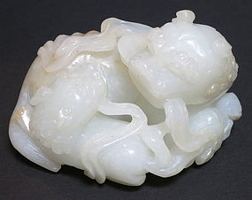 Antique Chinses white jade carved lion group Hetian