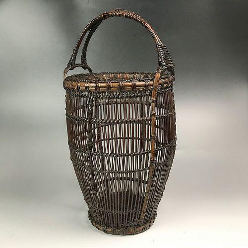 Antique Japanese Bamboo Basket, Yamamoto Chikuryusai I