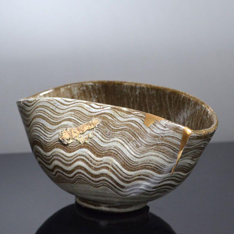 Edo p. Utsutsugawa Yaki Chawan Tea Bowl w/ Gold Repair