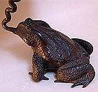 Rare Signed Antique Japanese Frog Usubata Vase