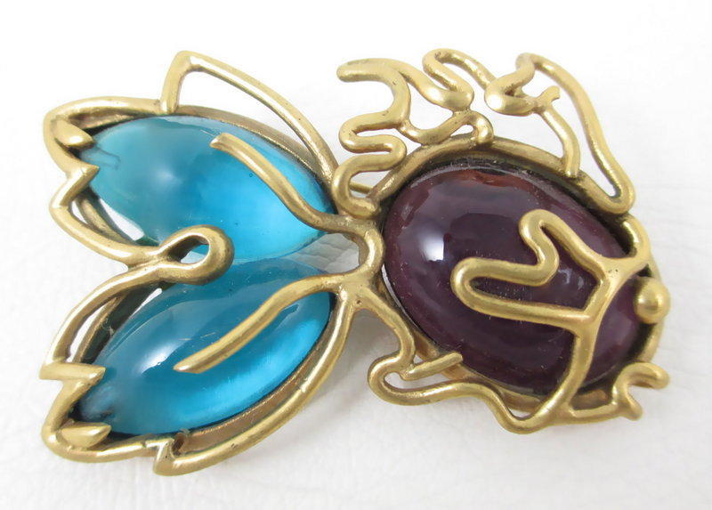 Lovely Andrew Spingarn Poured Glass Fish Pin